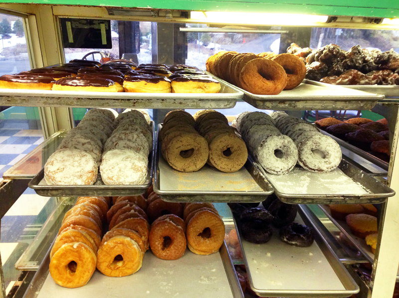 DONUT - Definition and synonyms of donut in the English dictionary