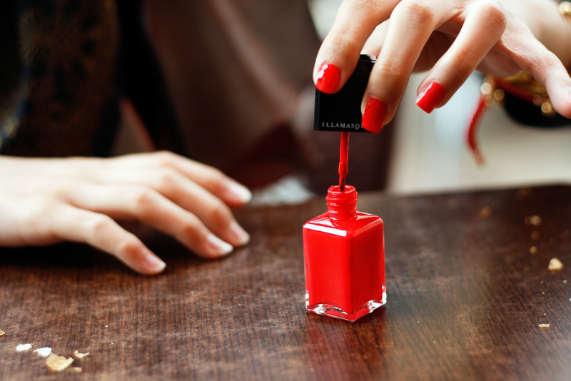 Nail Polish Remover Definition And Synonyms Of Nail Polish Remover In The English Dictionary